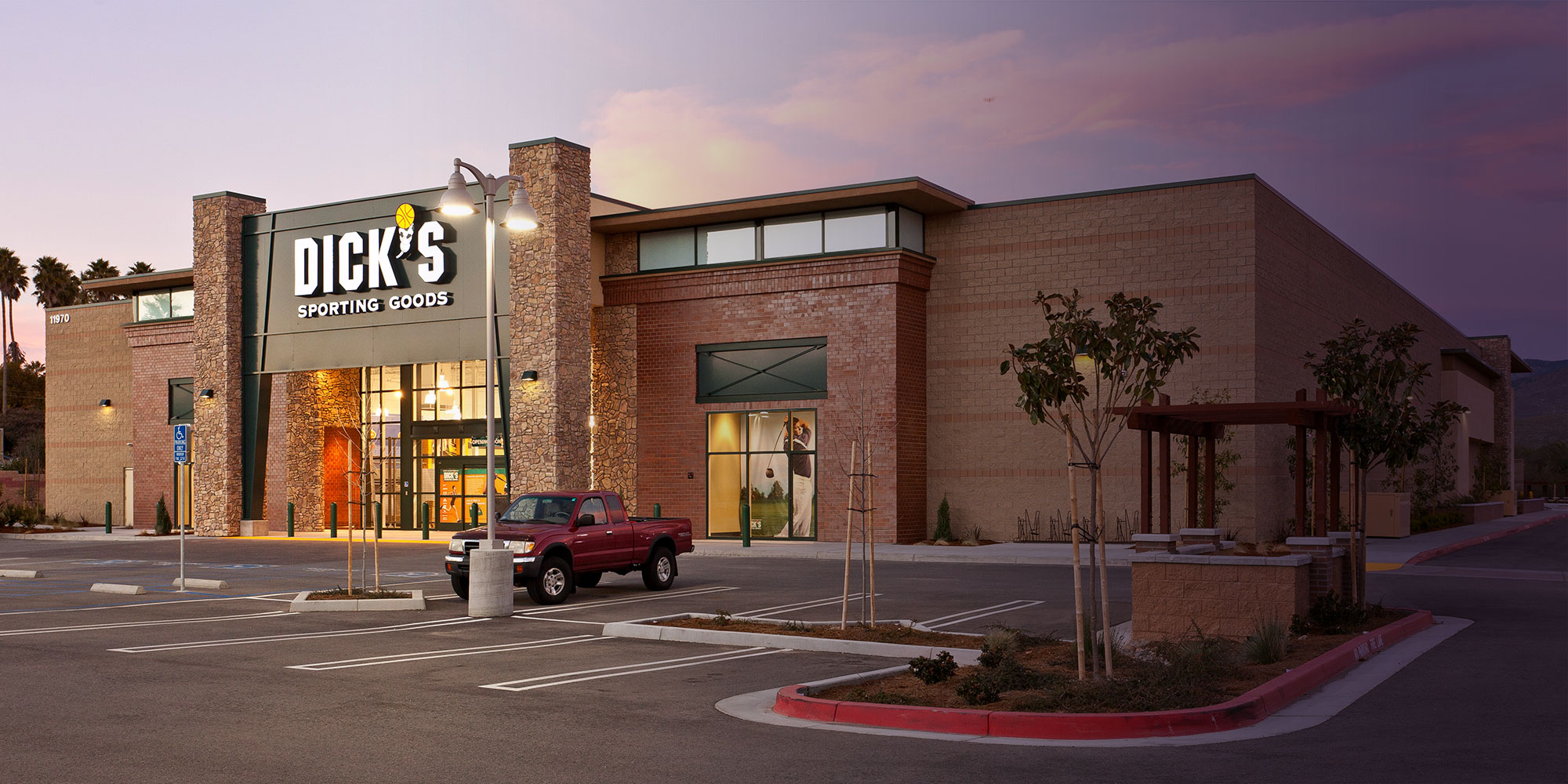 Dick's Sporting Goods Construction - Retail Building Contractor - JW Design and Construction